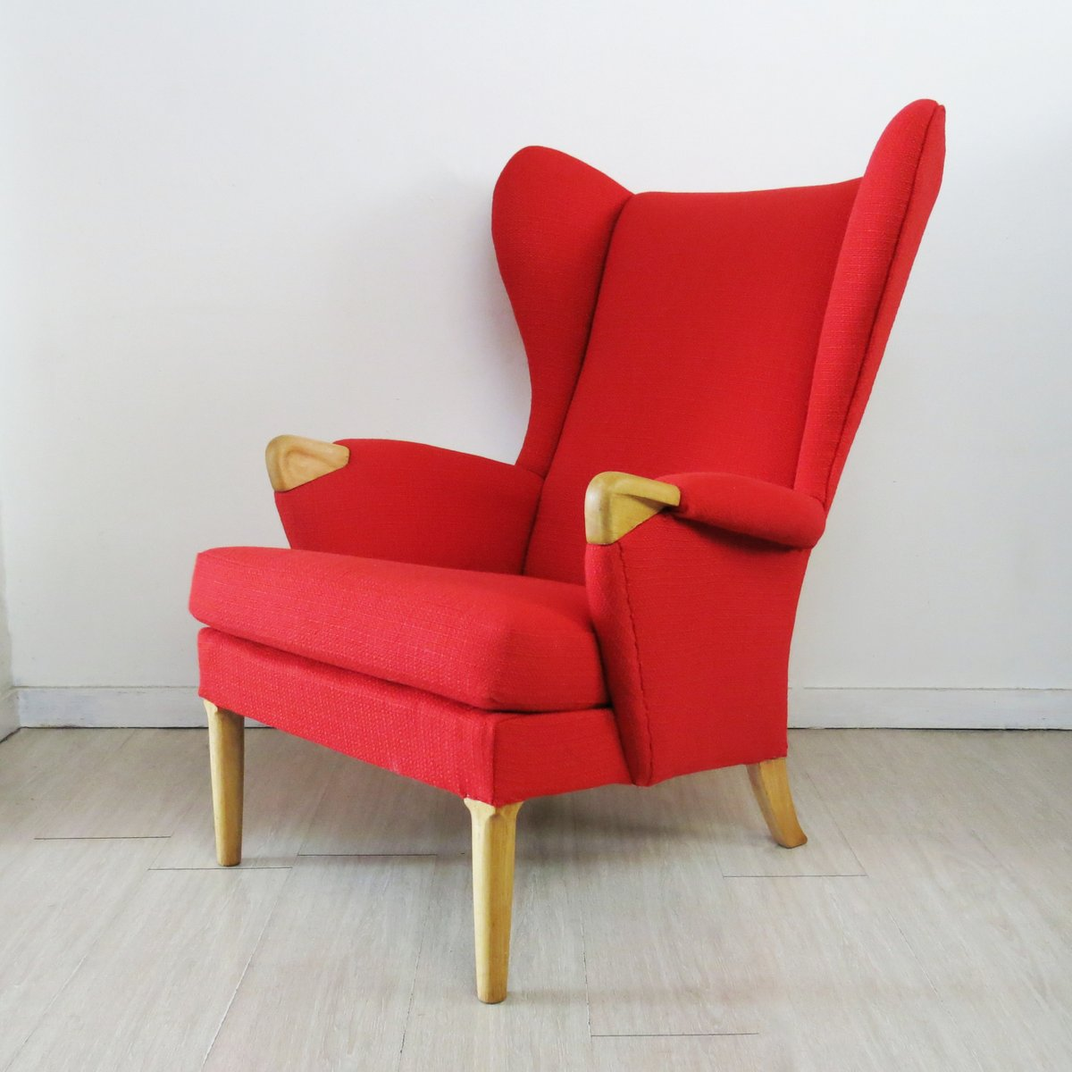 fauteuil oreilles vintage rouge de parker knoll angleterre 1960s en vente sur pamono. Black Bedroom Furniture Sets. Home Design Ideas