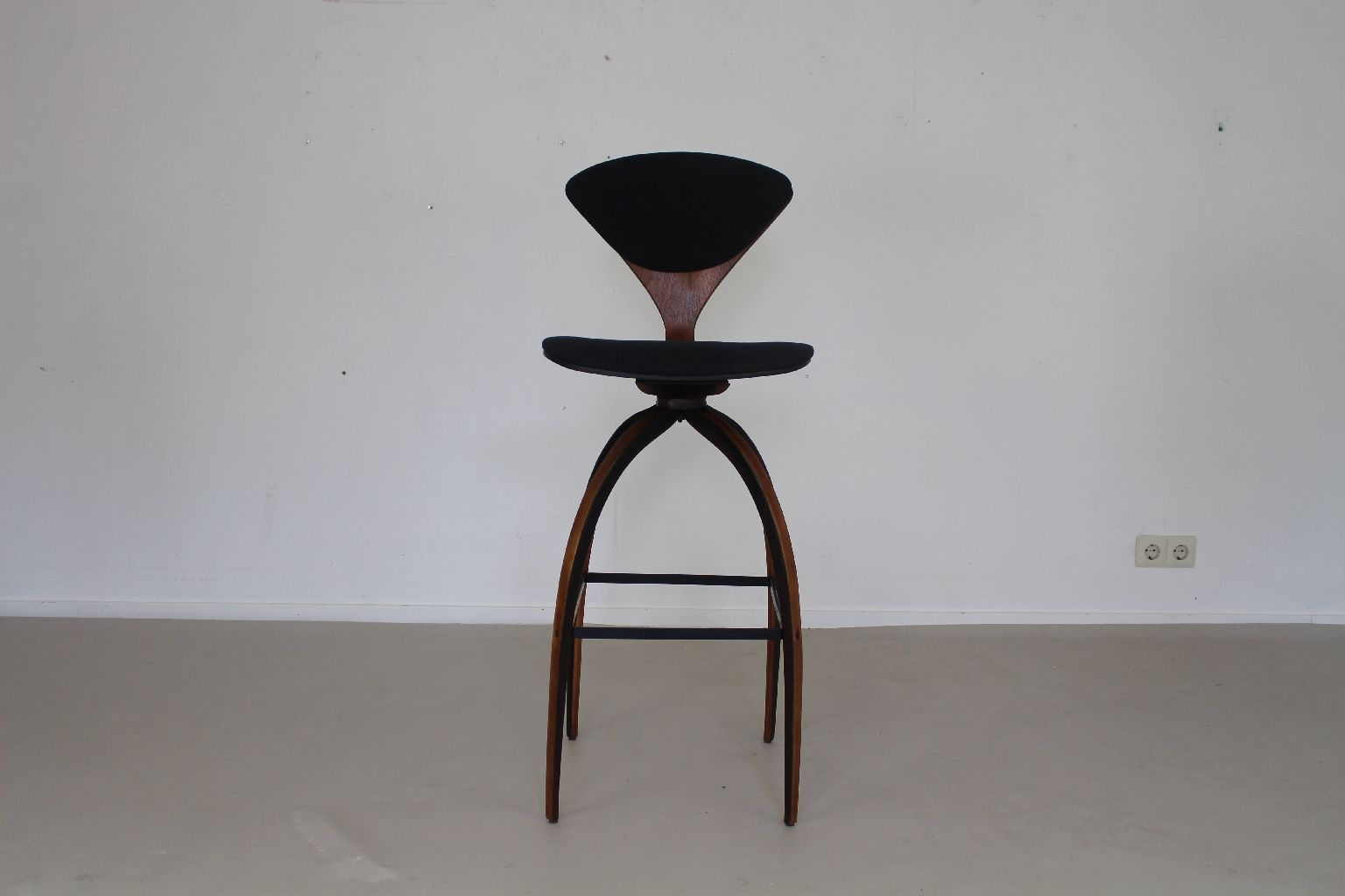 Plywood barstool by norman cherner for plycraft 1965 for sale at pamono - Norman cherner barstool ...