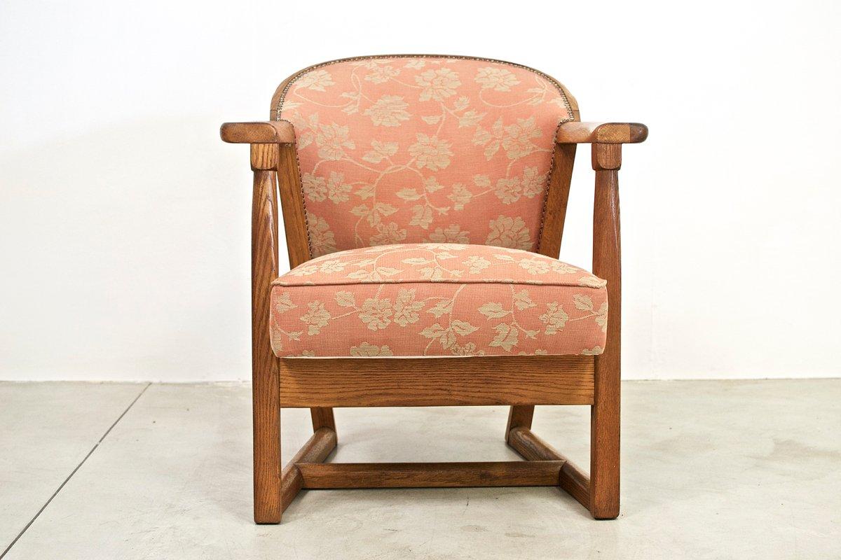 American Oak Armchair from Jamestown