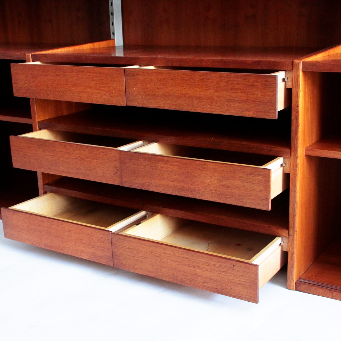 Marvelous photograph of Italian Mid Century Teak Wall Unit 1960s for sale at Pamono with #A54D26 color and 1100x1100 pixels