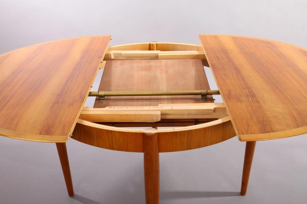 German Cherry Wood Extendable Dining Table with Six Chairs by