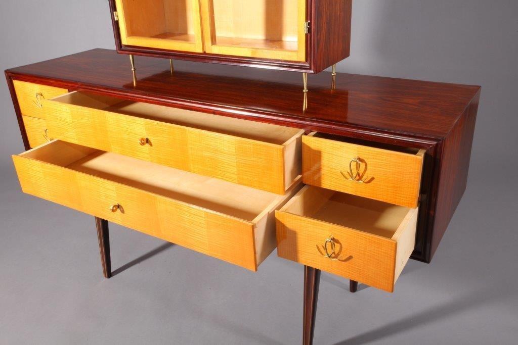 wiener sideboard mit vitrine von tischlerei niedermoser 1950 bei pamono kaufen. Black Bedroom Furniture Sets. Home Design Ideas