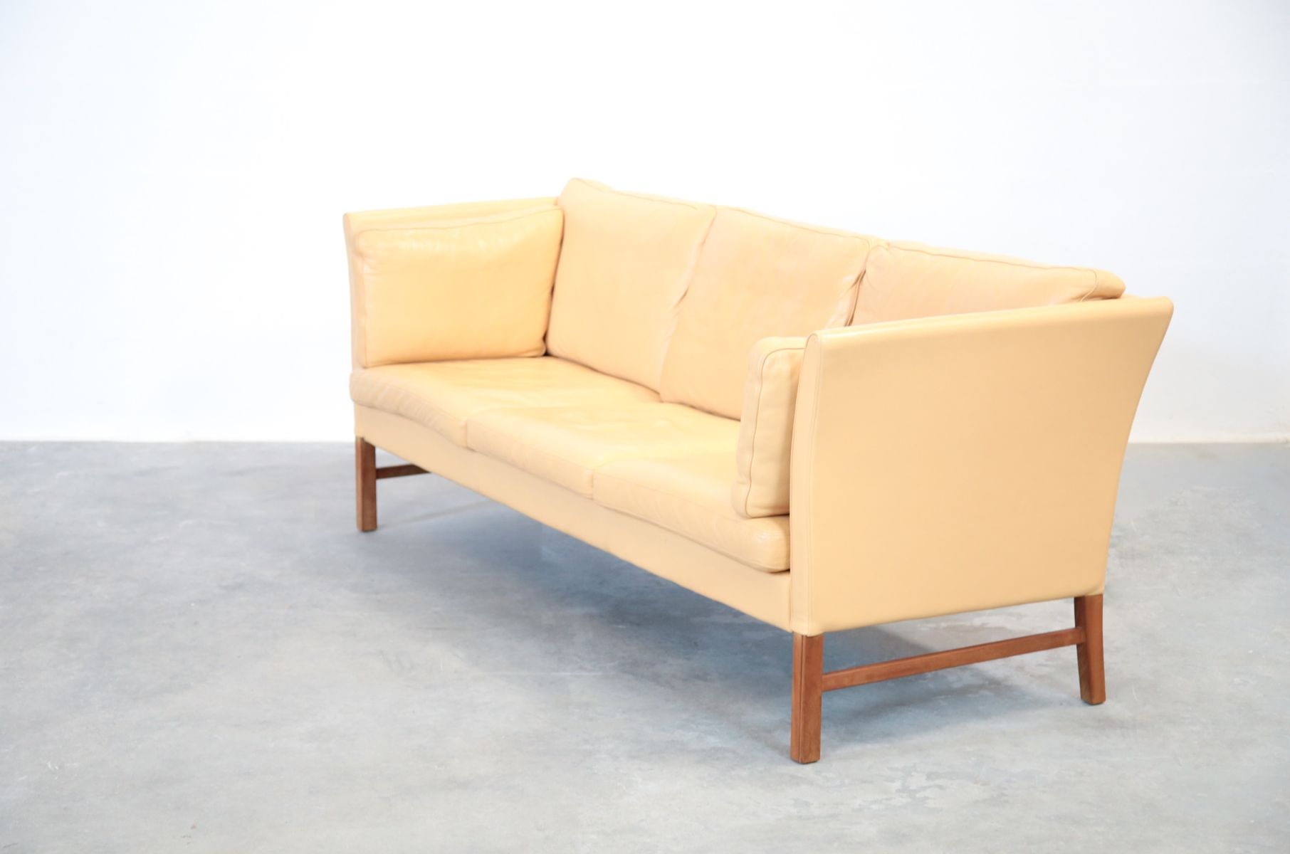 Danish beige leather 3 seater sofa 1970s for sale at pamono for Sofa 7 seater