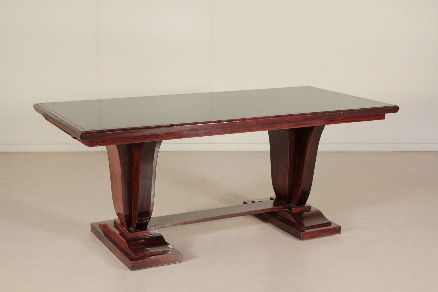 ausziehbarer italienischer tisch aus palisanderfurnier. Black Bedroom Furniture Sets. Home Design Ideas