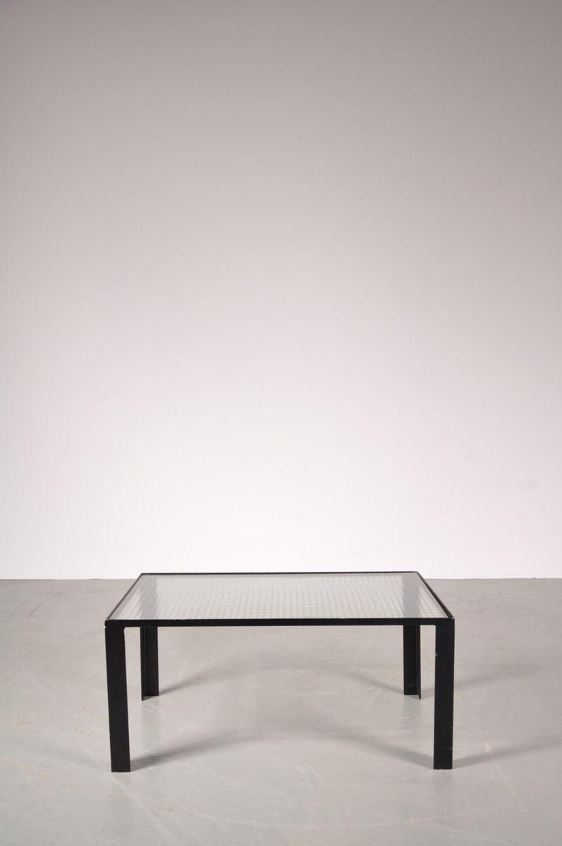 petite table basse noire avec le plateau en verre 1960s. Black Bedroom Furniture Sets. Home Design Ideas