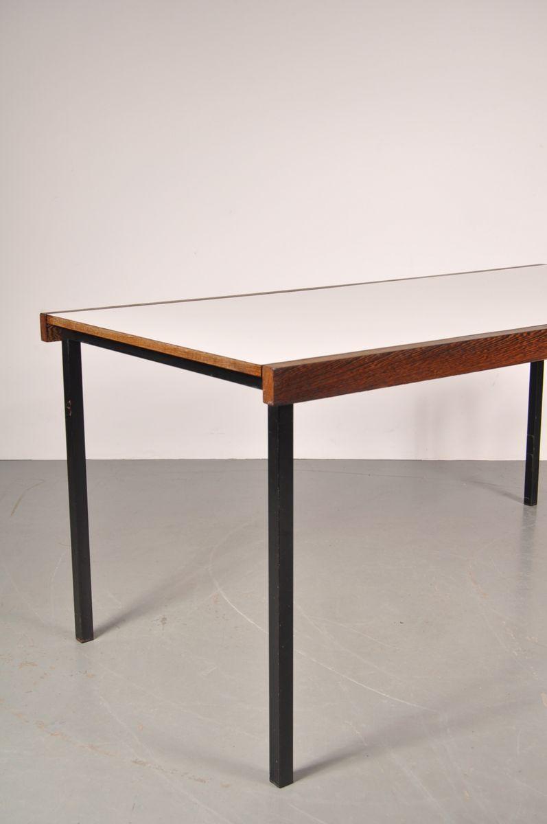 table de salle manger blanche en weng avec base en m tal noir par martin visser pour 39 t. Black Bedroom Furniture Sets. Home Design Ideas