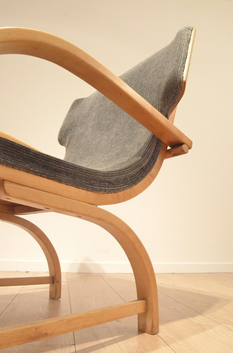 Mid century scandinavian design relax chair in plywood for Relaxing chair design