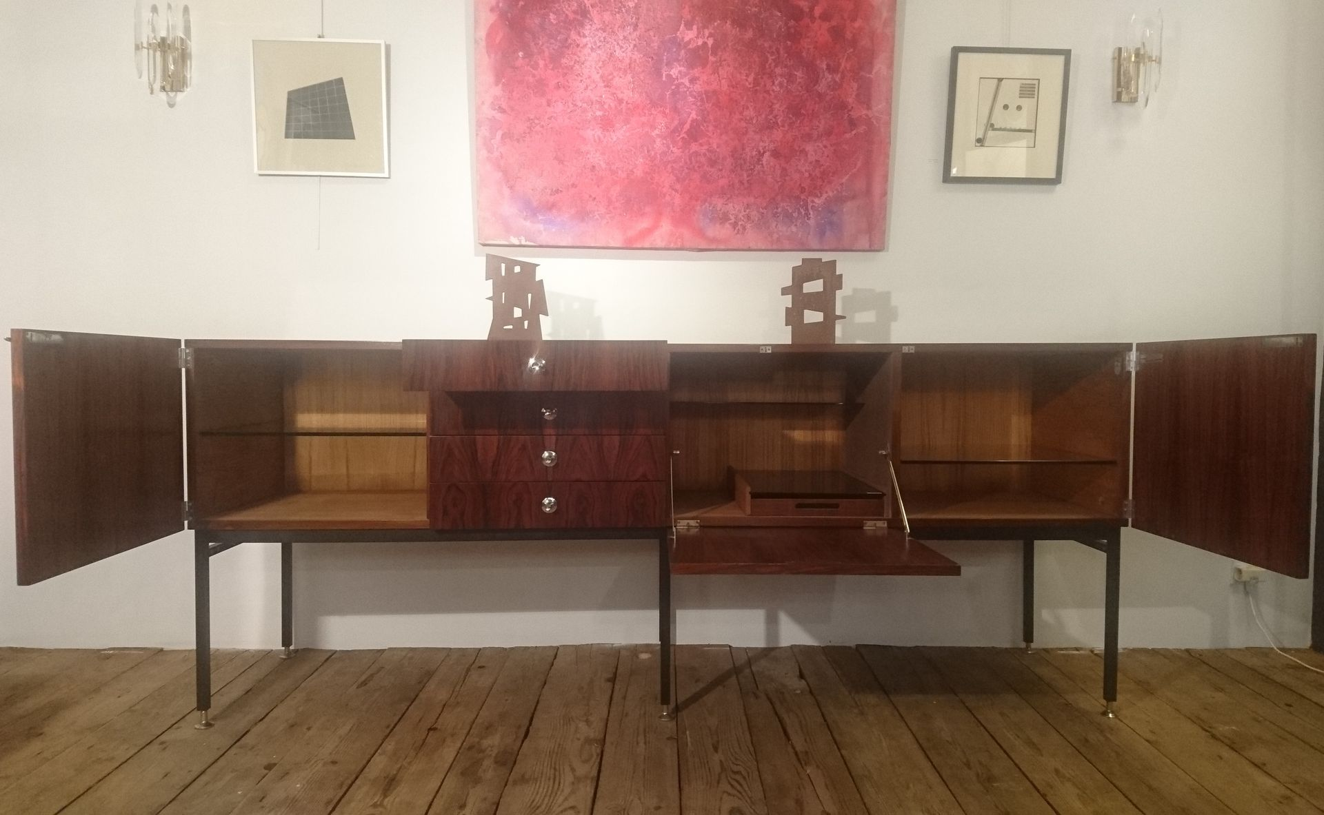 french model 802 long rosewood sideboard by alain richard for meubles tv 1950s for sale at pamono. Black Bedroom Furniture Sets. Home Design Ideas