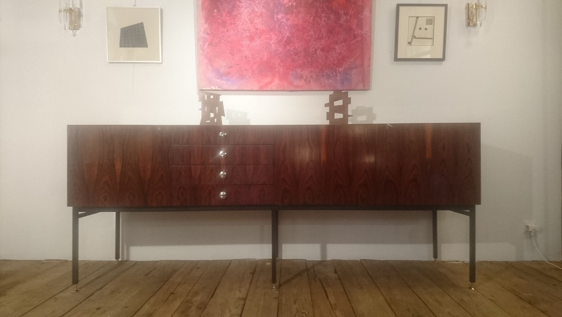 french model 802 long rosewood sideboard by alain richard. Black Bedroom Furniture Sets. Home Design Ideas