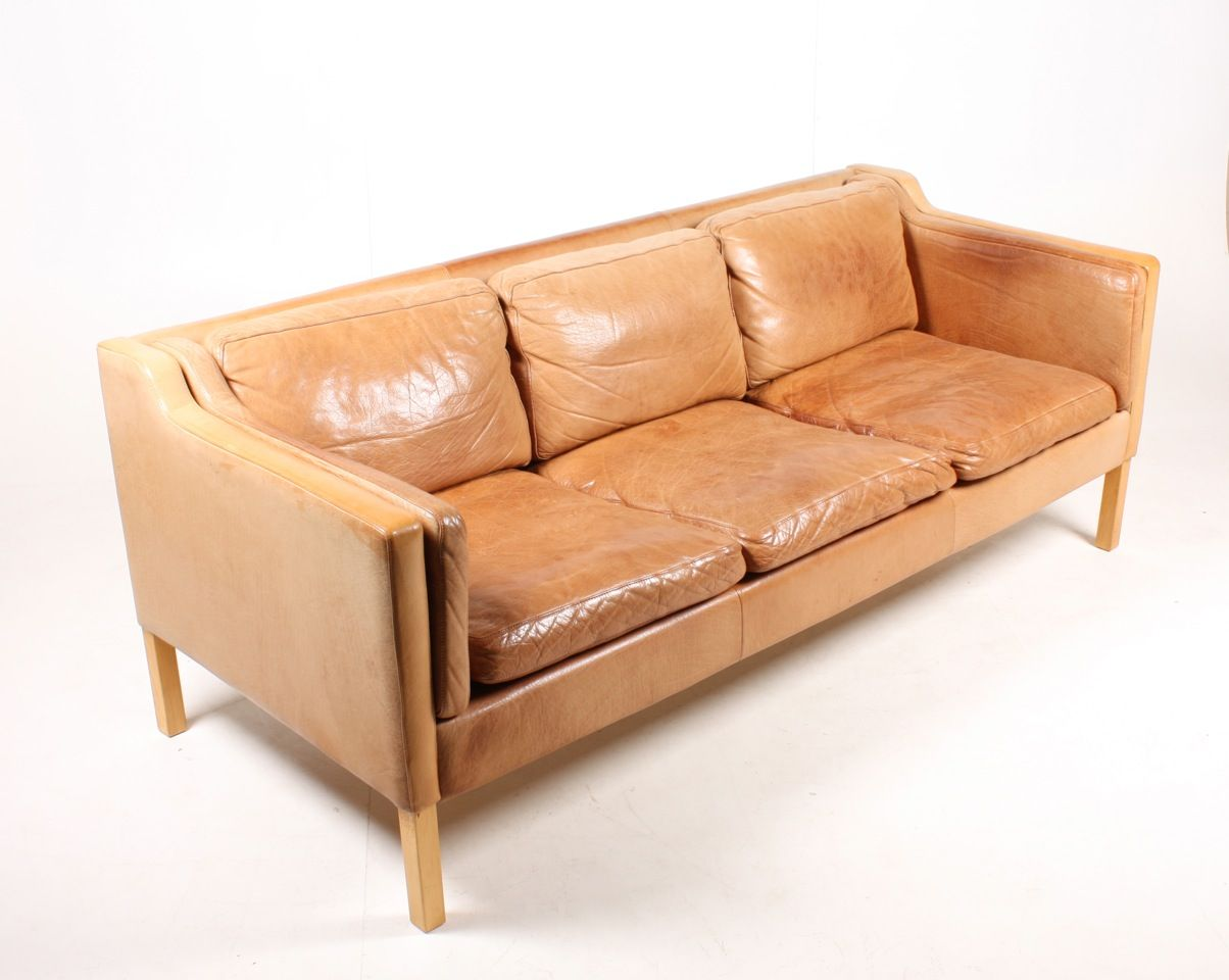 Danish three seater tan leather sofa 1980s for sale at pamono for Tan couches for sale