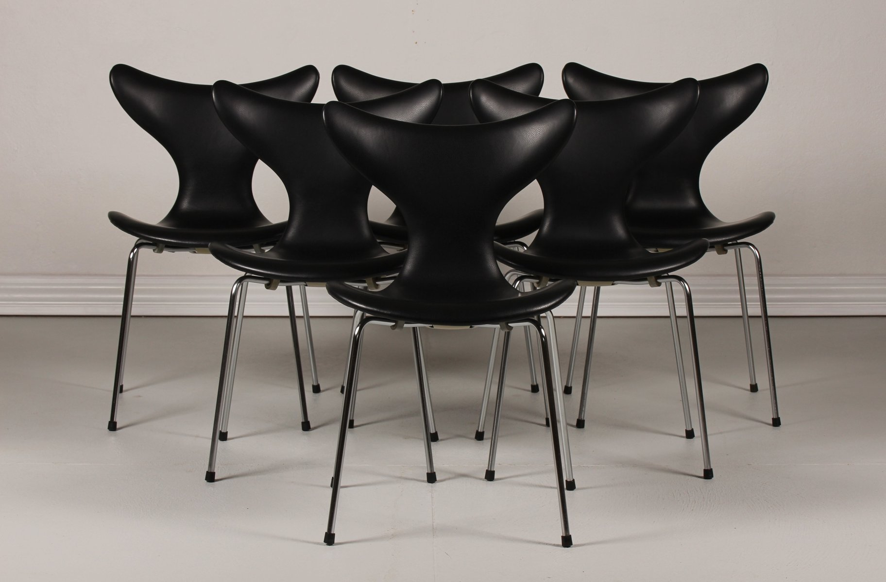 danish lily chairs 3108 by arne jacobsen for fritz hansen 1950s set of 6 for sale at pamono. Black Bedroom Furniture Sets. Home Design Ideas