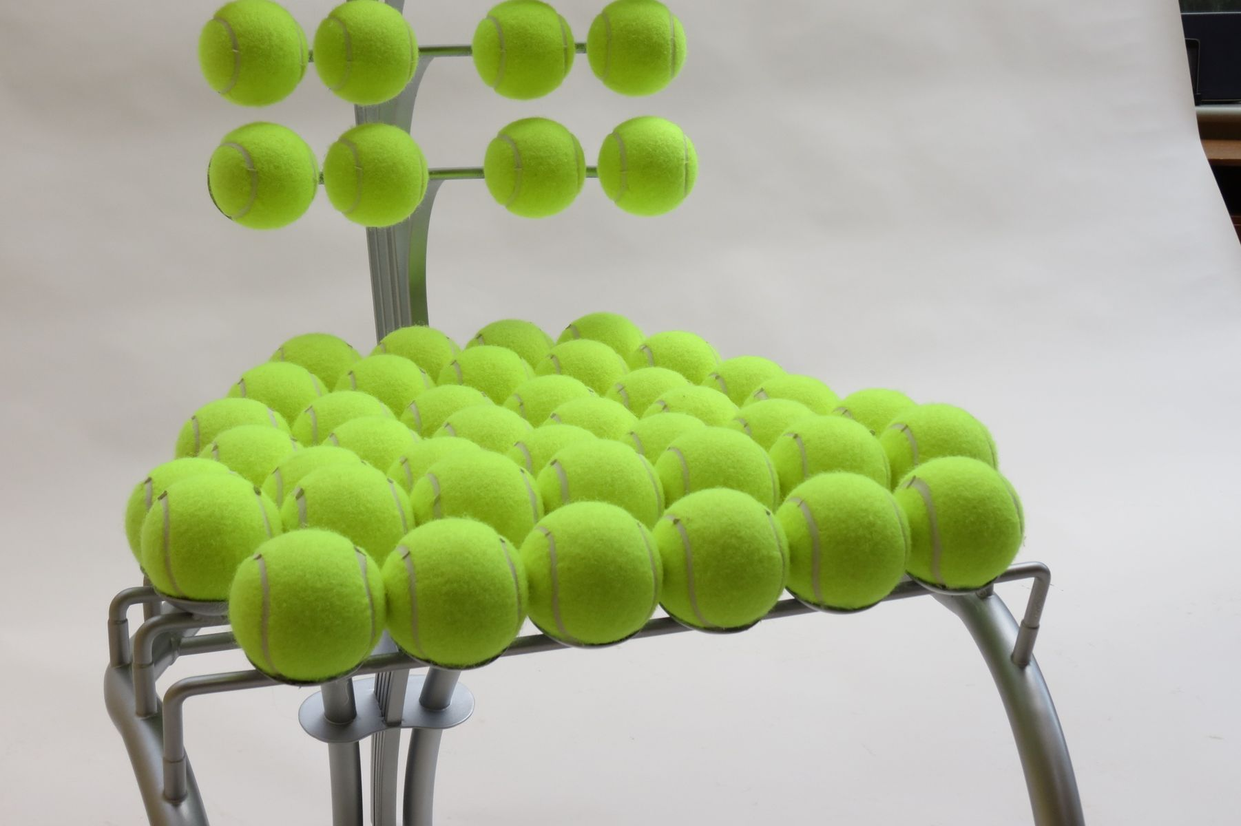how to make a tennis ball chair
