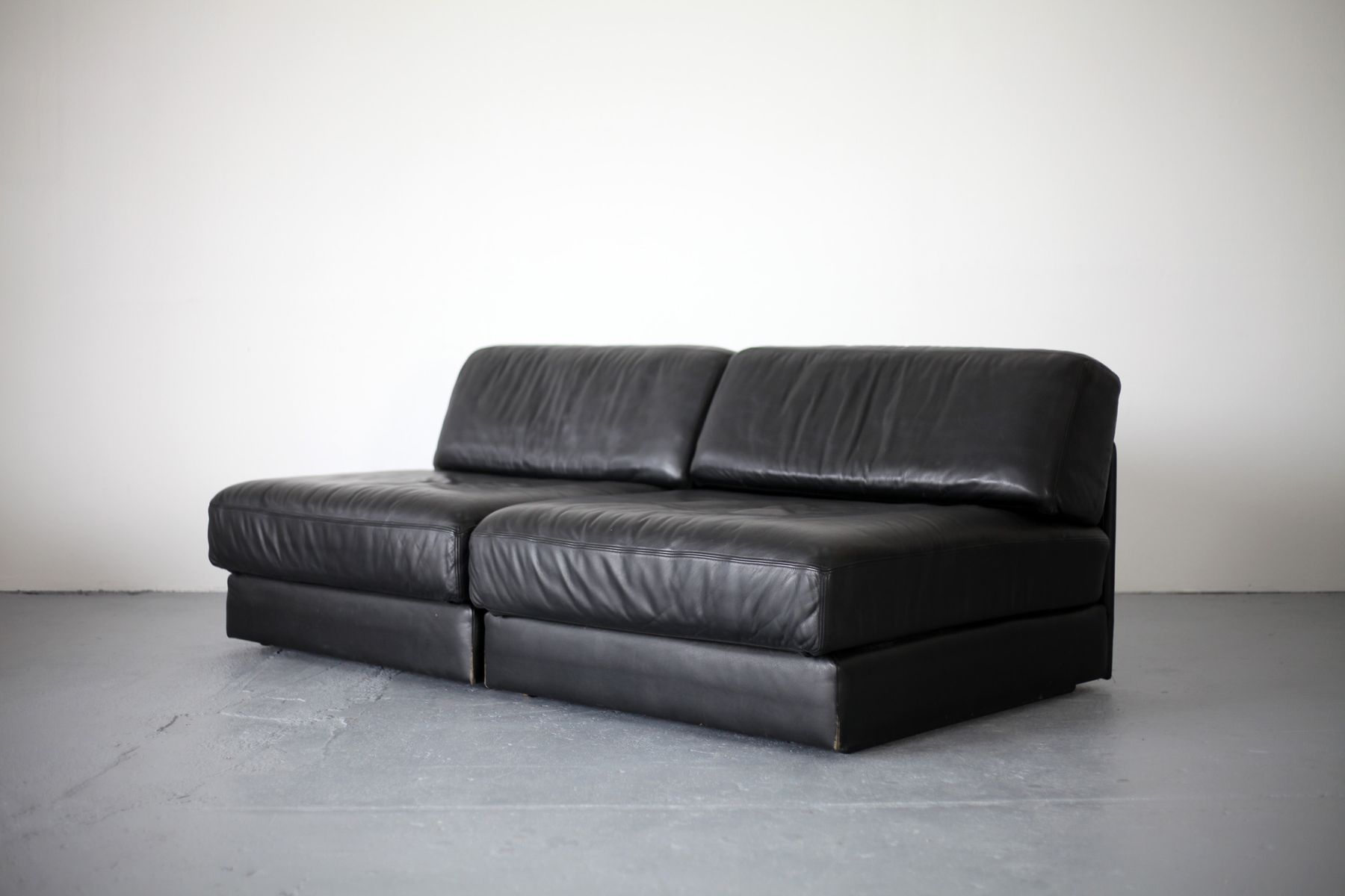 schwarzes vintage ds 76 leder schlafsofa von de sede bei pamono kaufen. Black Bedroom Furniture Sets. Home Design Ideas
