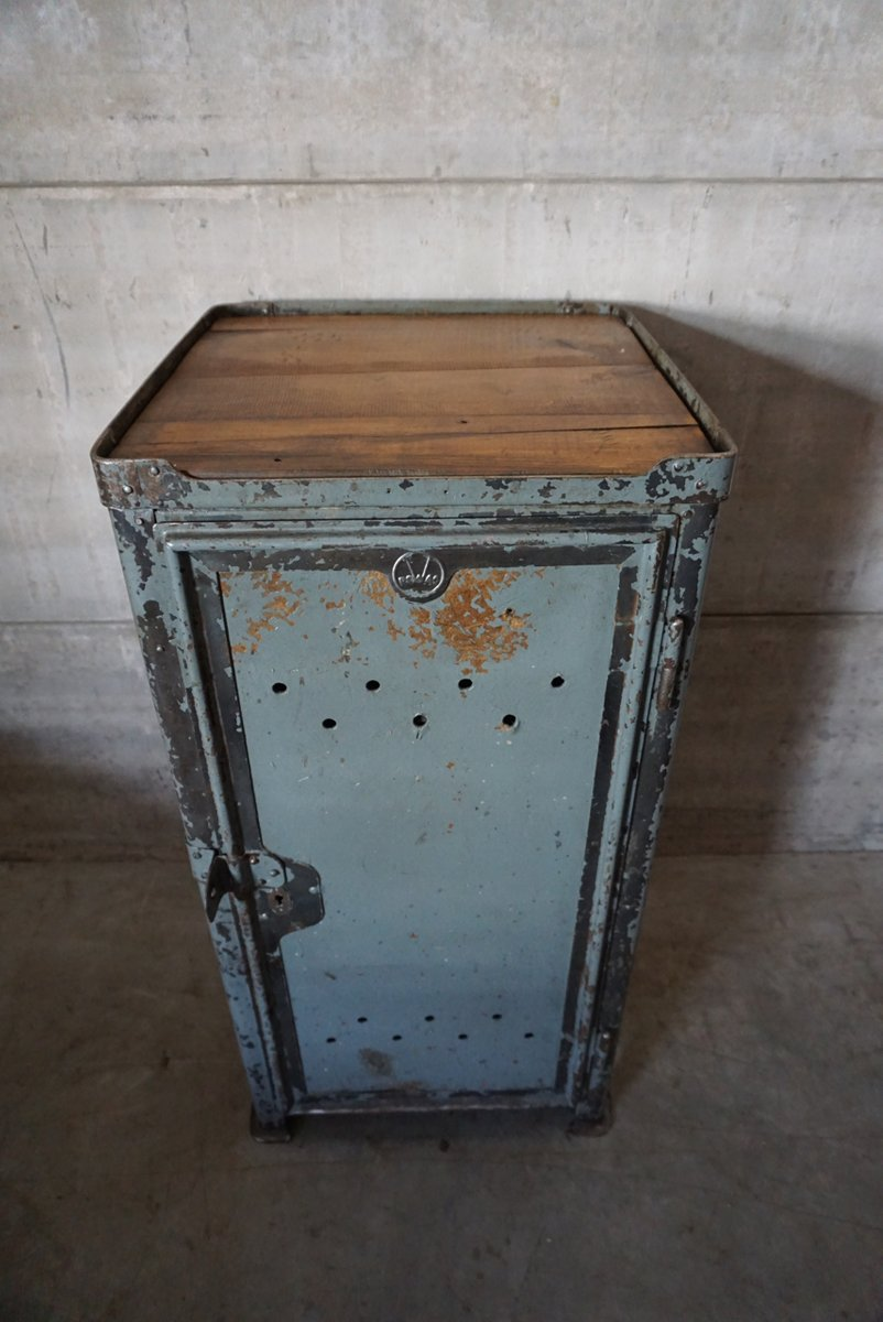 industrial german workshop cabinet from rowac 1920s for. Black Bedroom Furniture Sets. Home Design Ideas