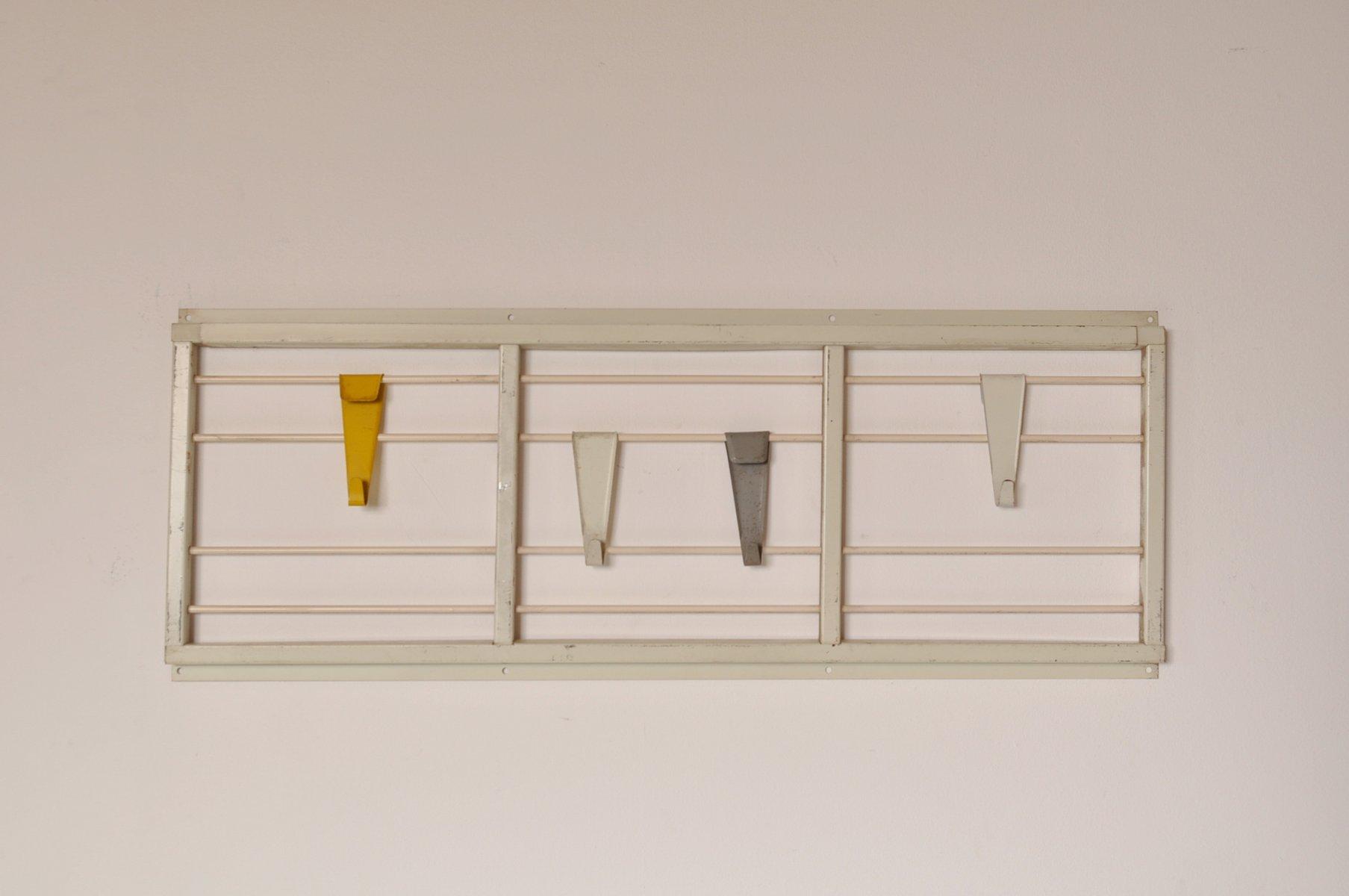 niederl ndische garderobe aus metall mit bunten haken von. Black Bedroom Furniture Sets. Home Design Ideas