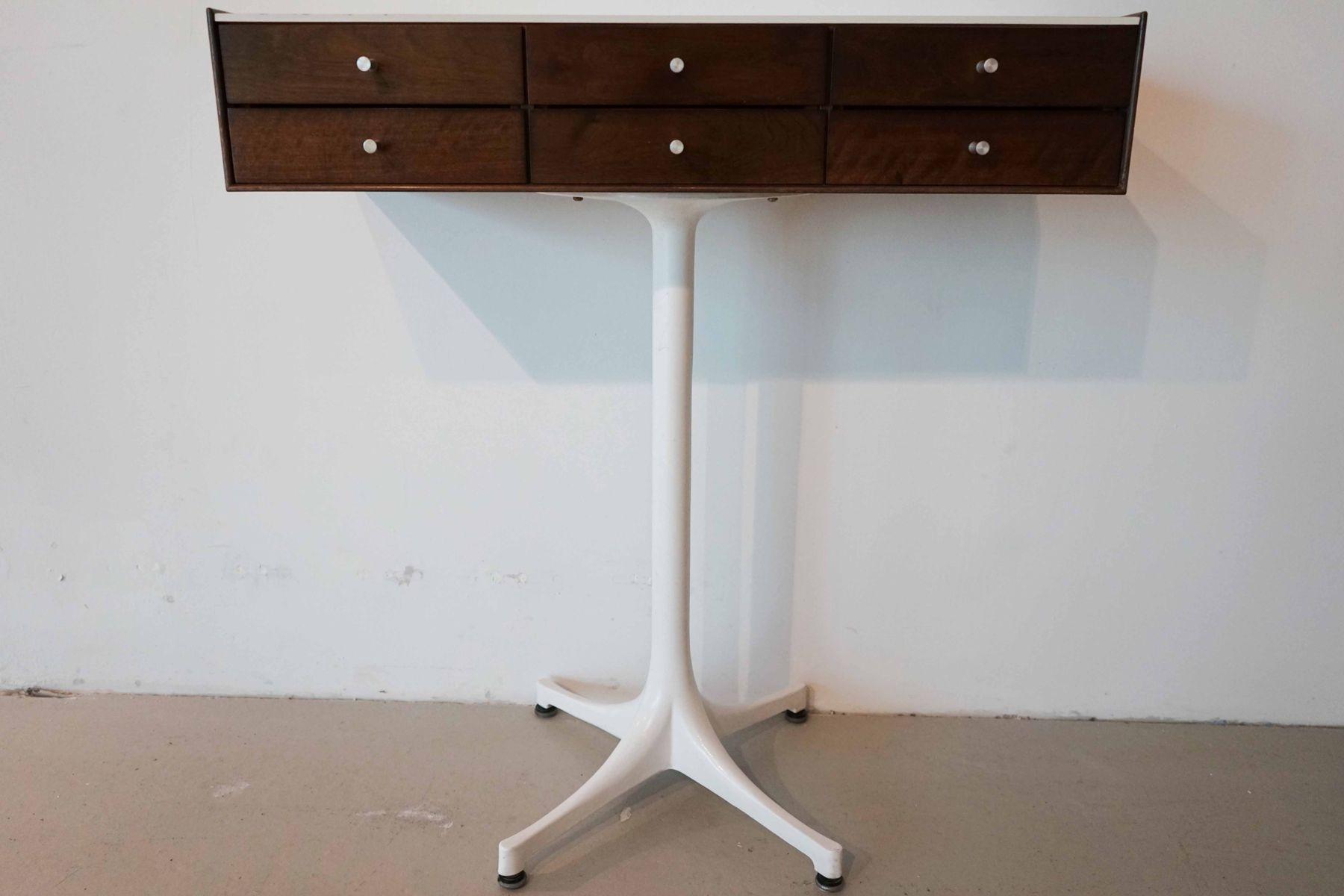 commode bijoux sur pieds 5515 par george nelson pour herman miller etats unis 1970s en vente. Black Bedroom Furniture Sets. Home Design Ideas