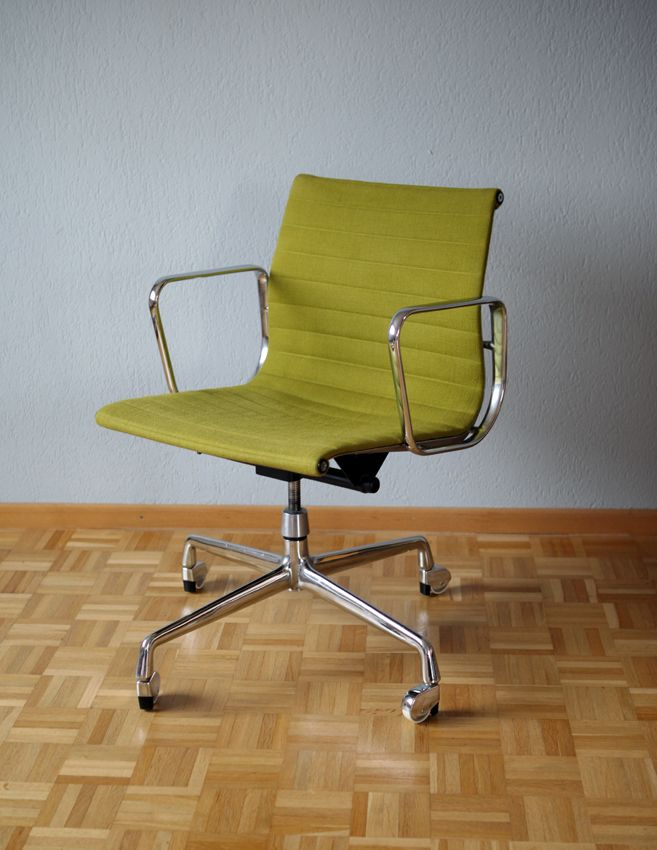 American ea 117 aluminum chair by charles ray eames for for Eames ea 117 nachbau