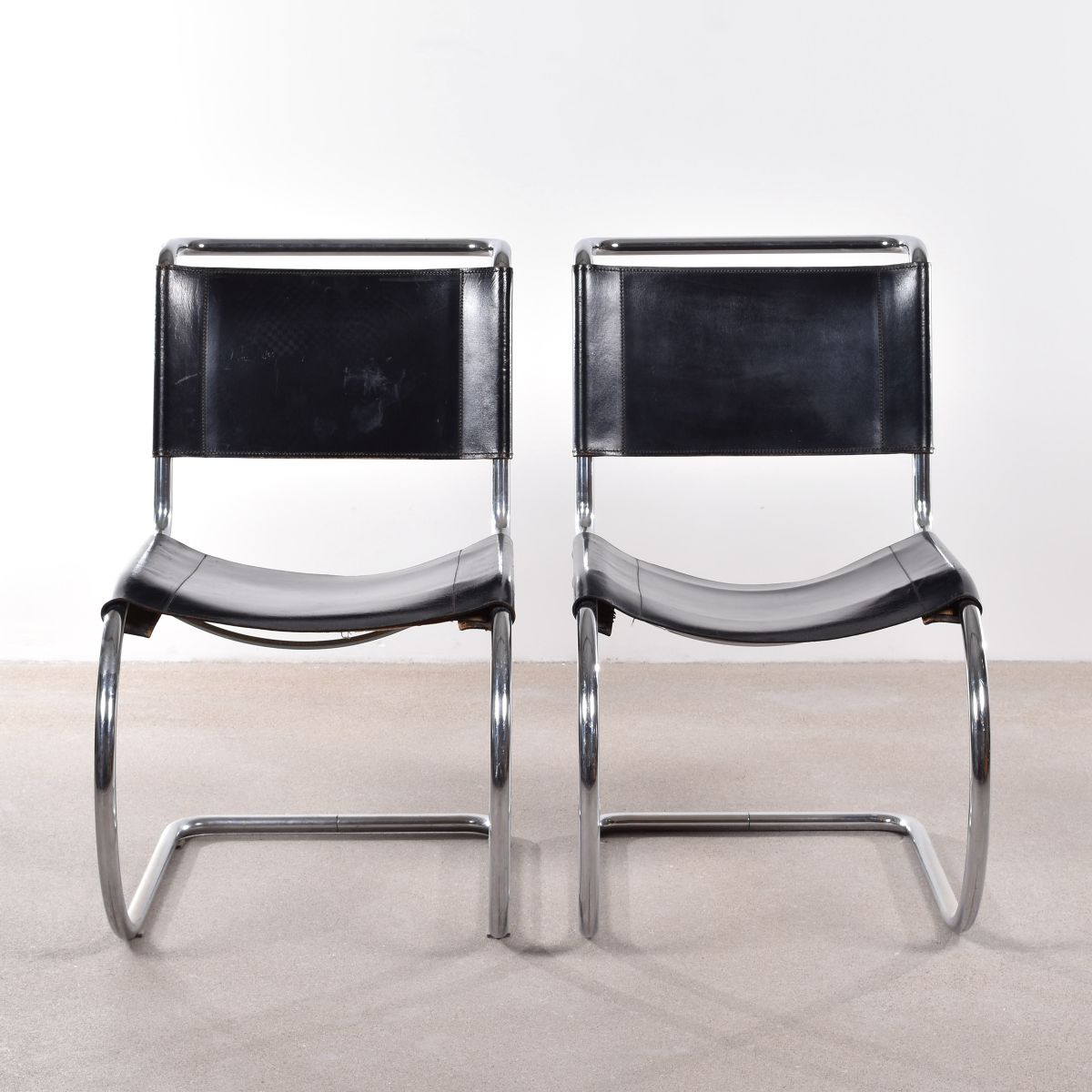 Vintage Mr10 Cantilever Chairs By Ludwig Mies Van Der Rohe