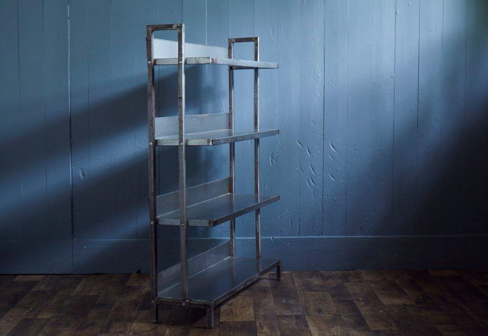 industrielles regal aus poliertem stahl 1960er bei pamono kaufen. Black Bedroom Furniture Sets. Home Design Ideas