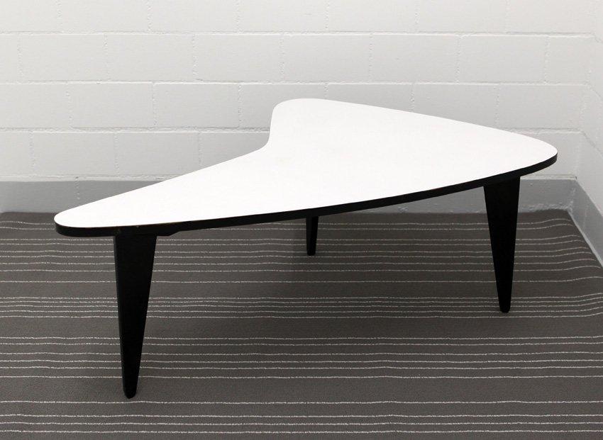 moderner mid century boomerang tisch 1950er bei pamono kaufen. Black Bedroom Furniture Sets. Home Design Ideas
