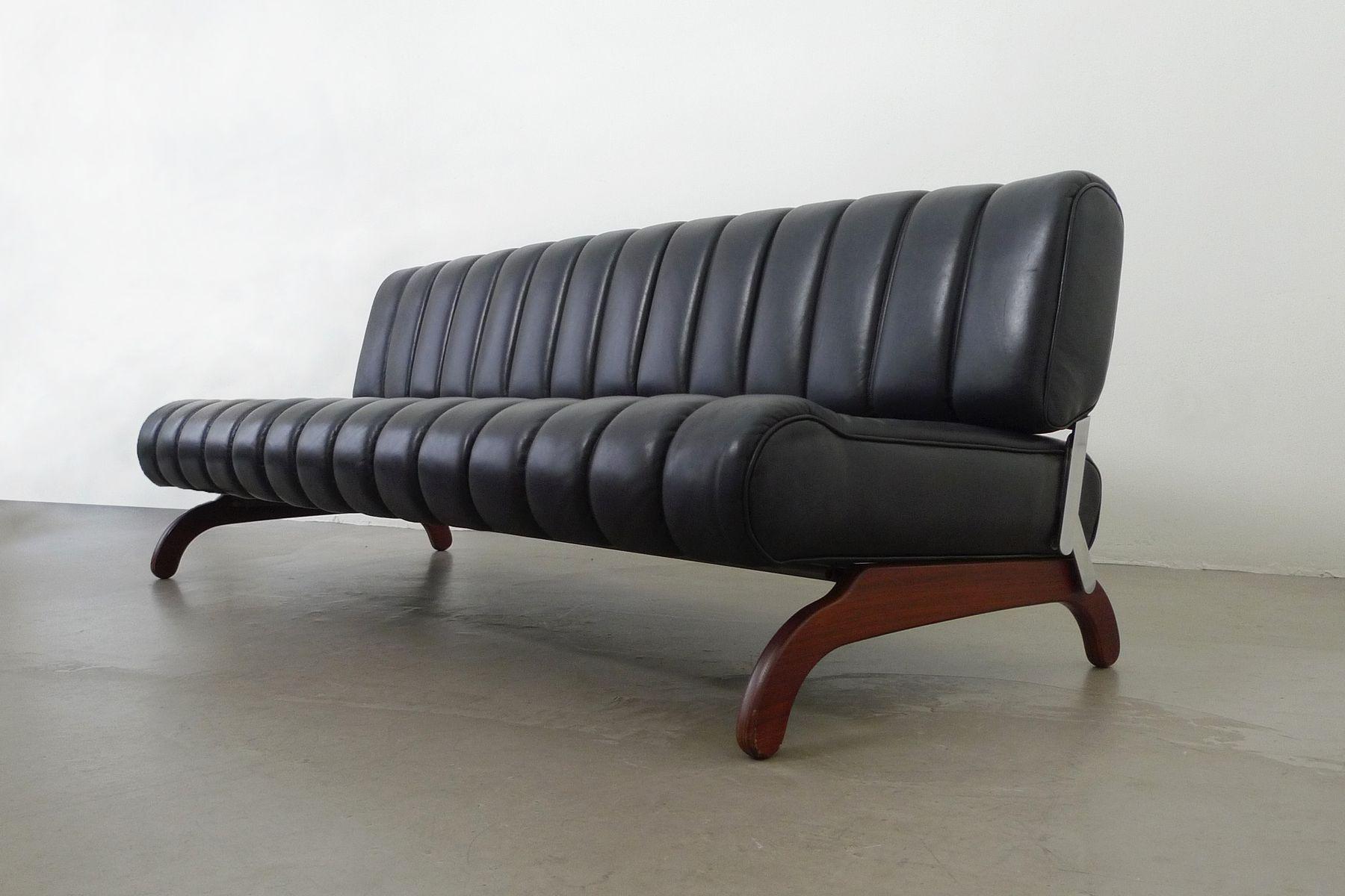 sterreichisches independence sofa set mit schlaffunktion. Black Bedroom Furniture Sets. Home Design Ideas