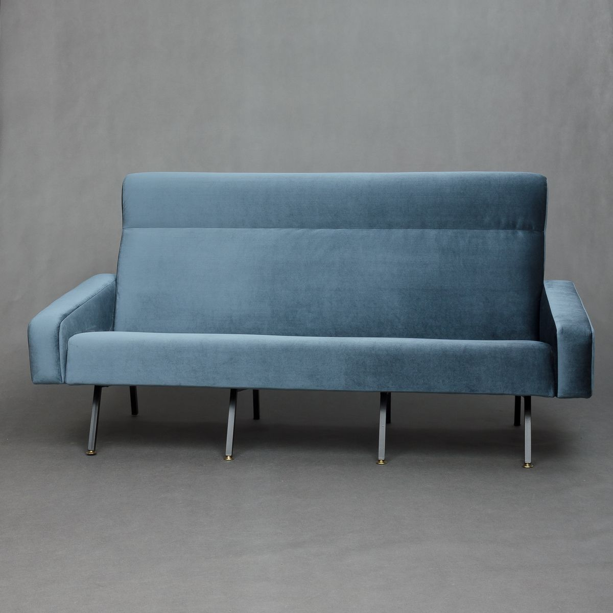 French Mid Century Velvet Sofa For Sale At Pamono