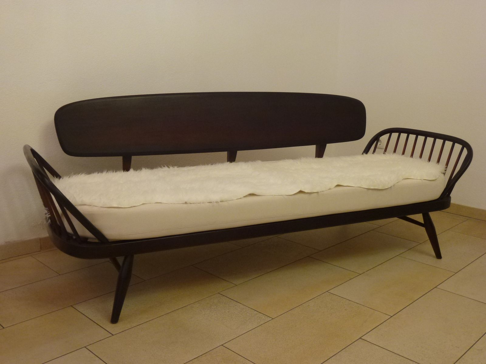englisches sofa von lucian ercolani f r ercol 1950er bei pamono kaufen. Black Bedroom Furniture Sets. Home Design Ideas