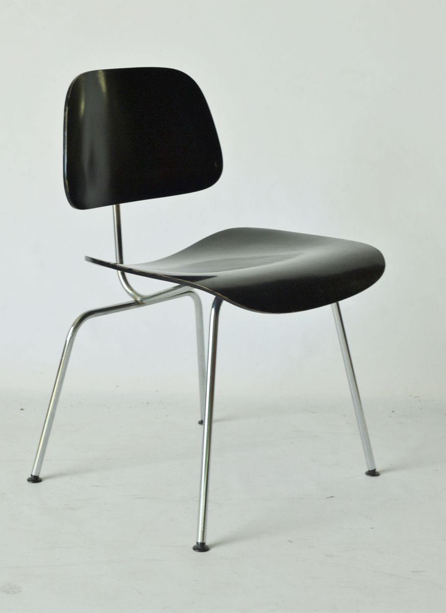 mid century american dcm chair by charles and ray eames. Black Bedroom Furniture Sets. Home Design Ideas