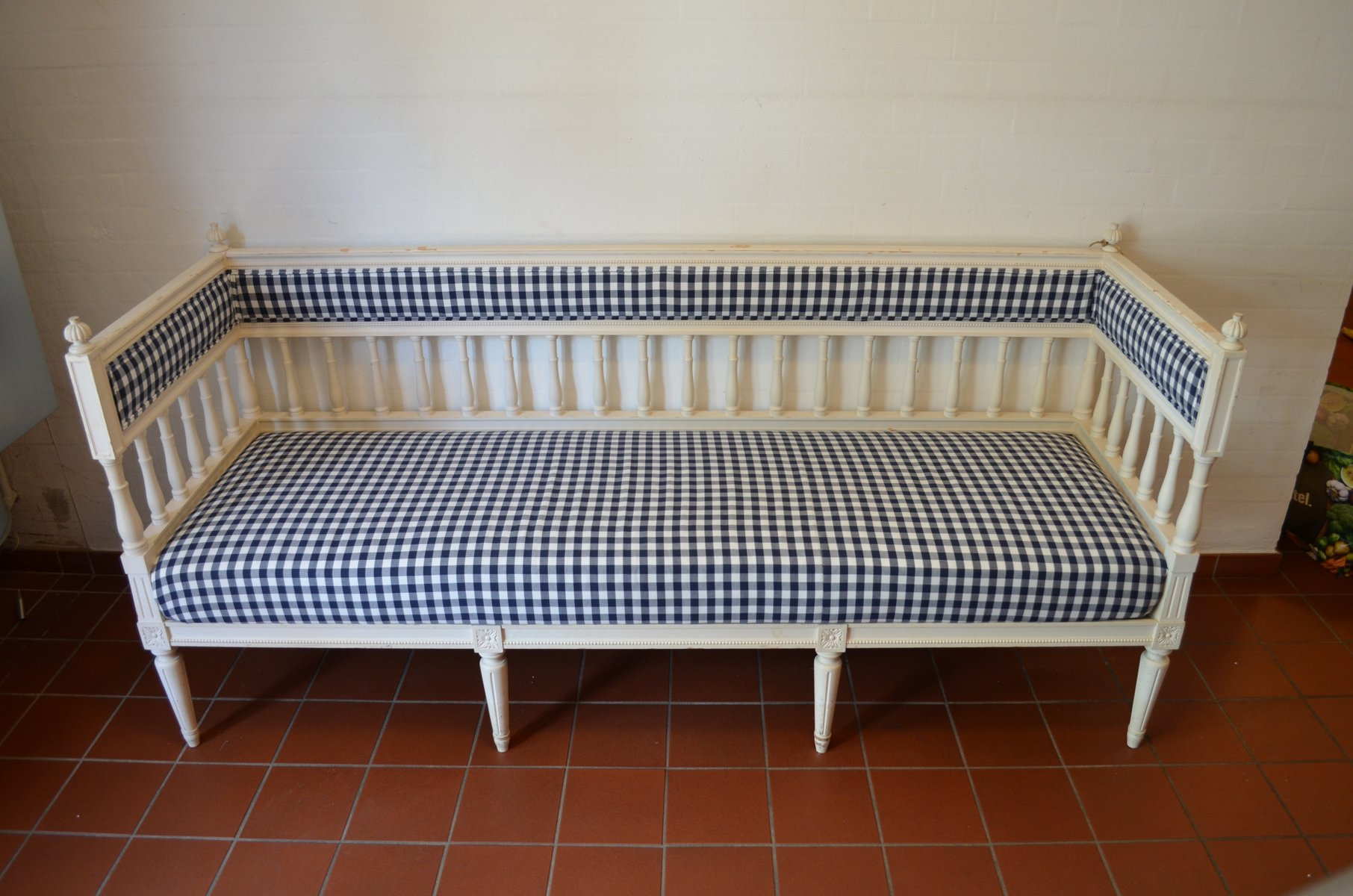 Antique Gustavian Checkered Sofa for sale at Pamono
