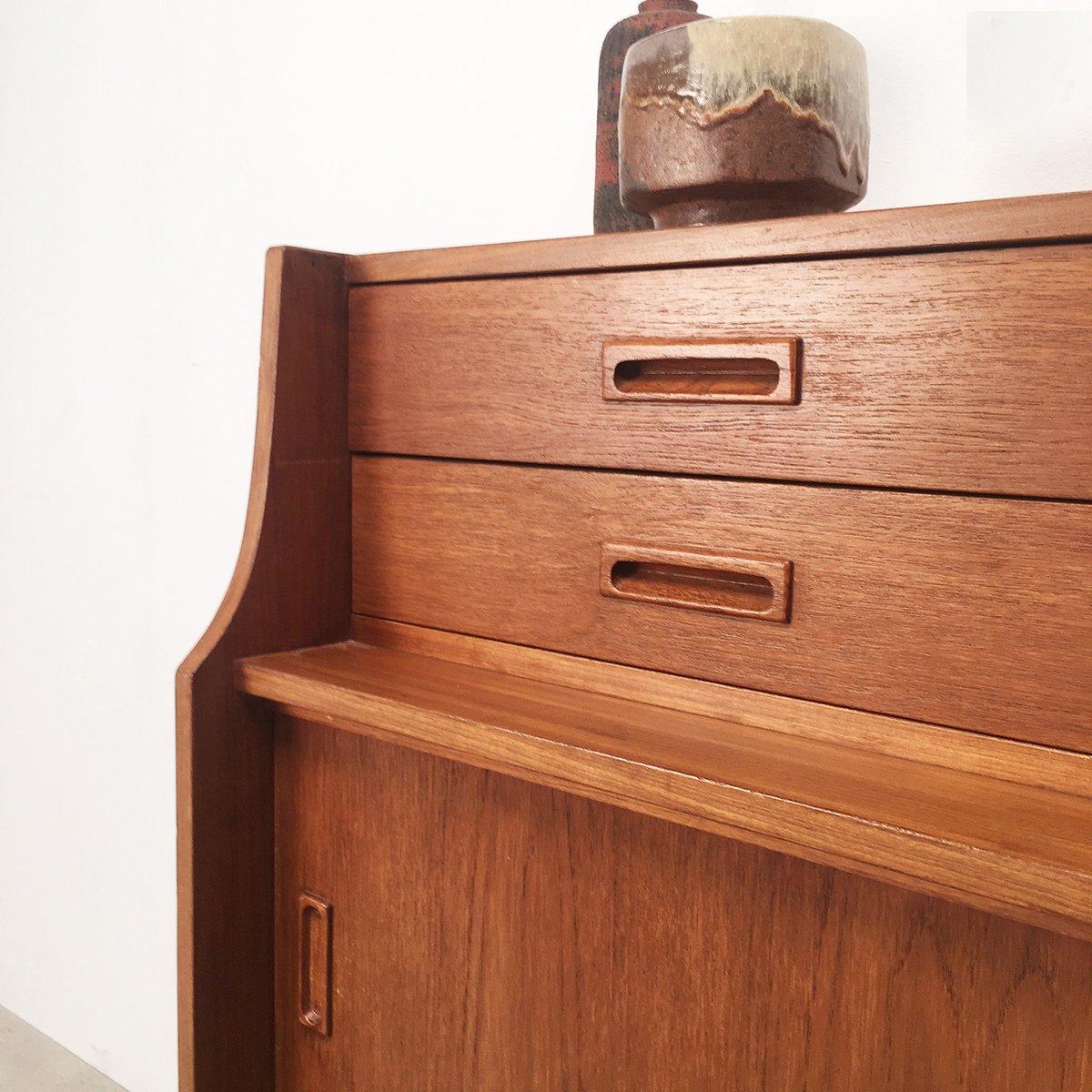 skandinavisches teak sideboard mit schubladen 1960er bei. Black Bedroom Furniture Sets. Home Design Ideas