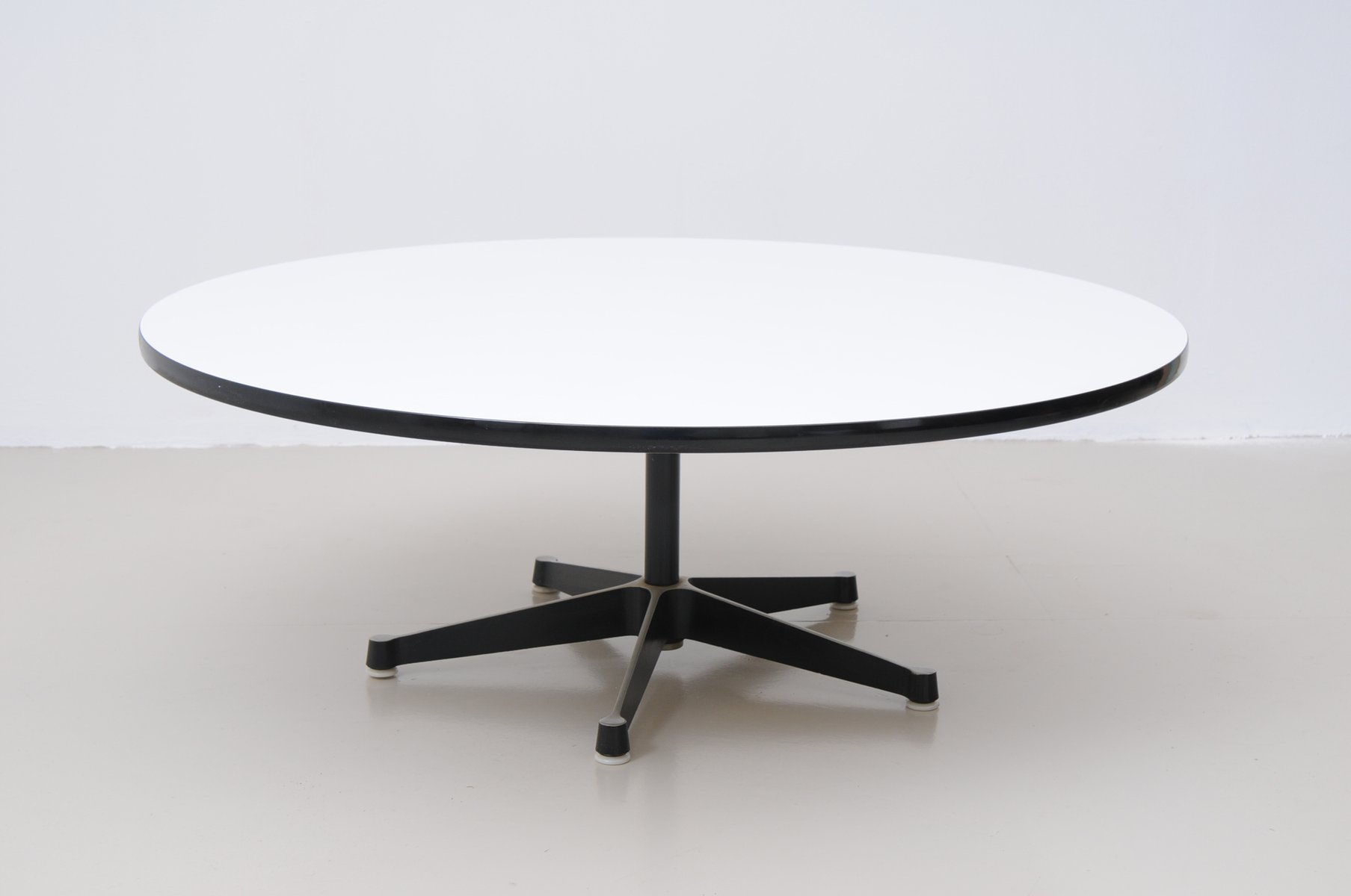 Coffee table by charles eames for herman miller 1950s for for Eames style coffee table