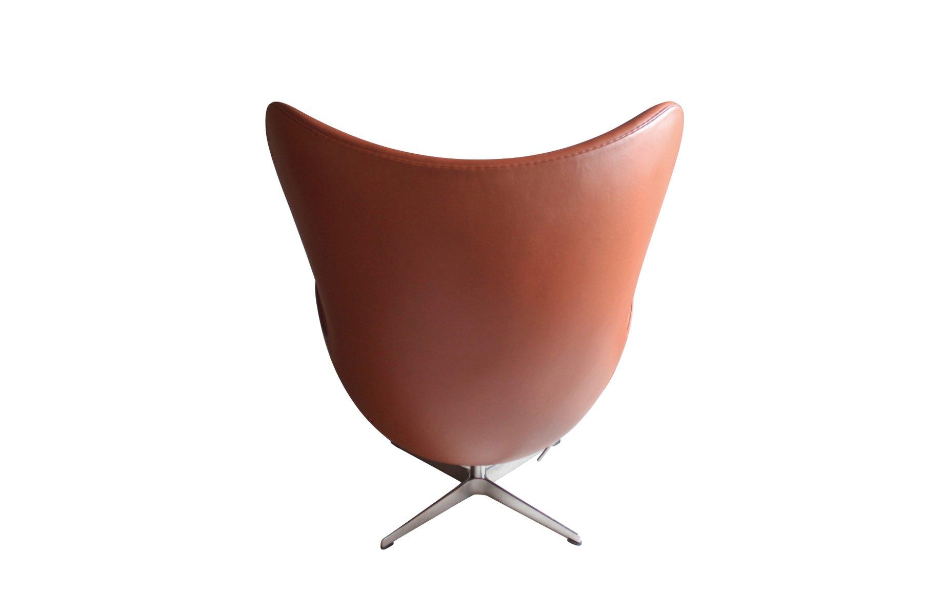 danish the egg chair by arne jacobsen for fritz hansen. Black Bedroom Furniture Sets. Home Design Ideas