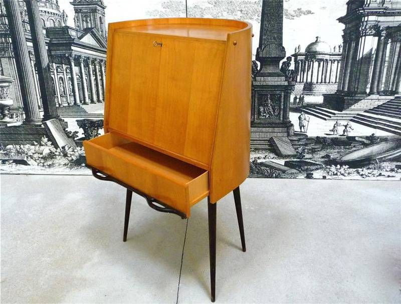 bureau et secr taire mid century moderne italie 1950s en vente sur pamono. Black Bedroom Furniture Sets. Home Design Ideas