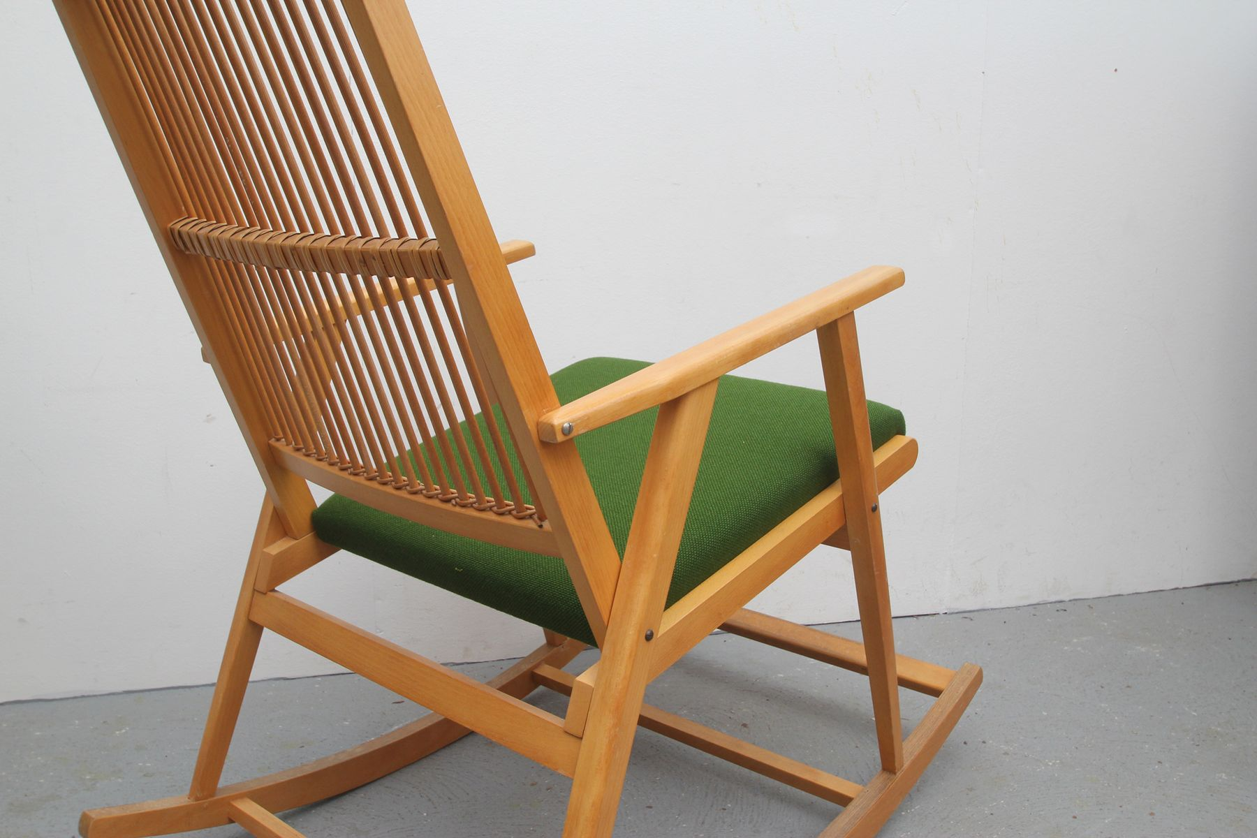 Deutscher bambus schaukelstuhl 1950er bei pamono kaufen for Schaukelstuhl skandinavisch