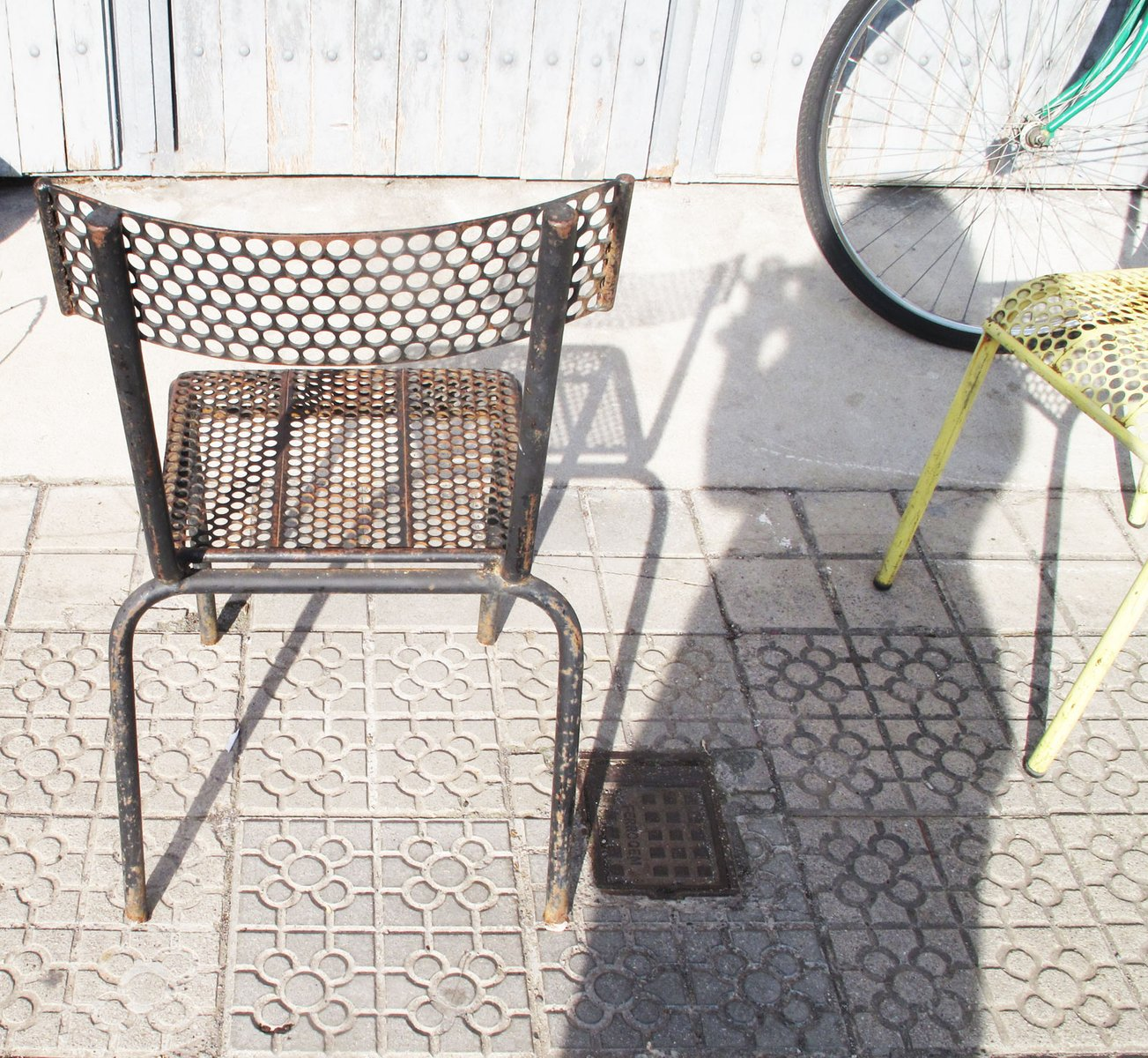 Pale yellow and black french garden chairs 1930s set of for Garden design 1930