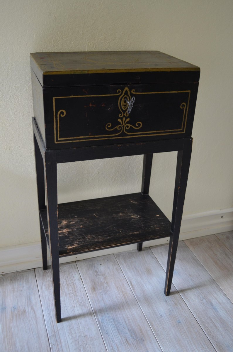 Antique sofa table - Antique Hand Painted Swedish Side Table With Chest