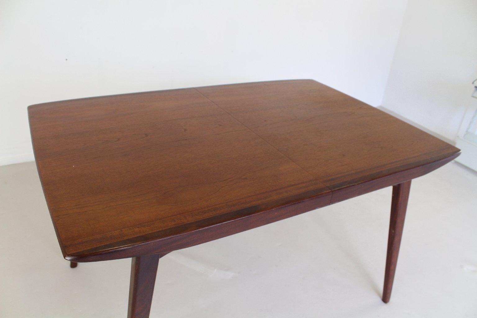 Table de salle manger extensible par en teck louis van for Table extensible en solde