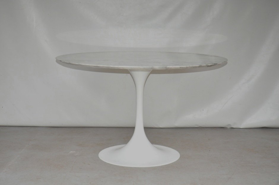 mid century round marble dining table for sale at pamono. Black Bedroom Furniture Sets. Home Design Ideas
