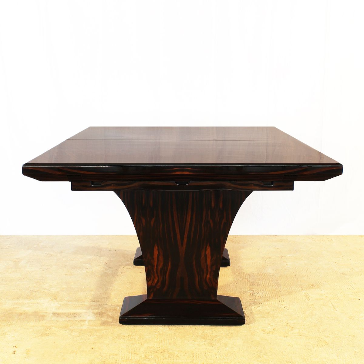 Art deco dining table with extension leaves 1930s for for Miroir art deco 1930