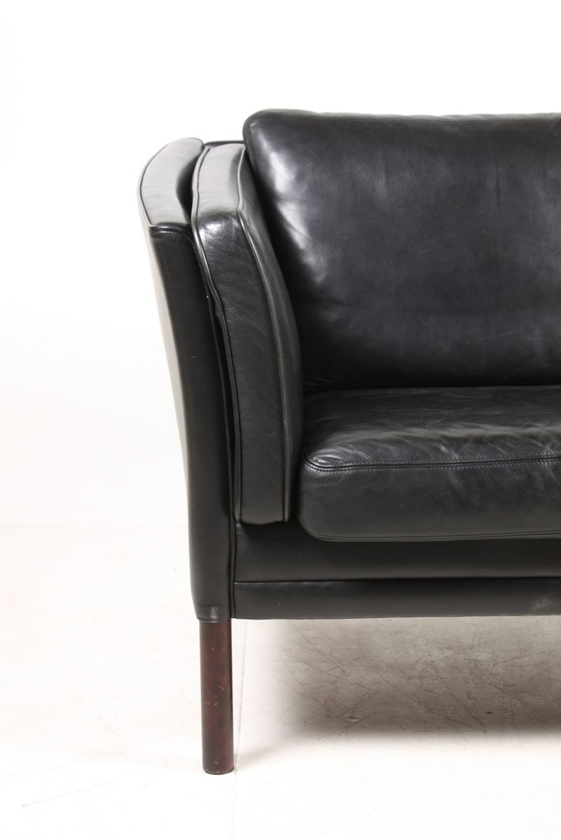 danish two seater black leather sofa 1980s 2