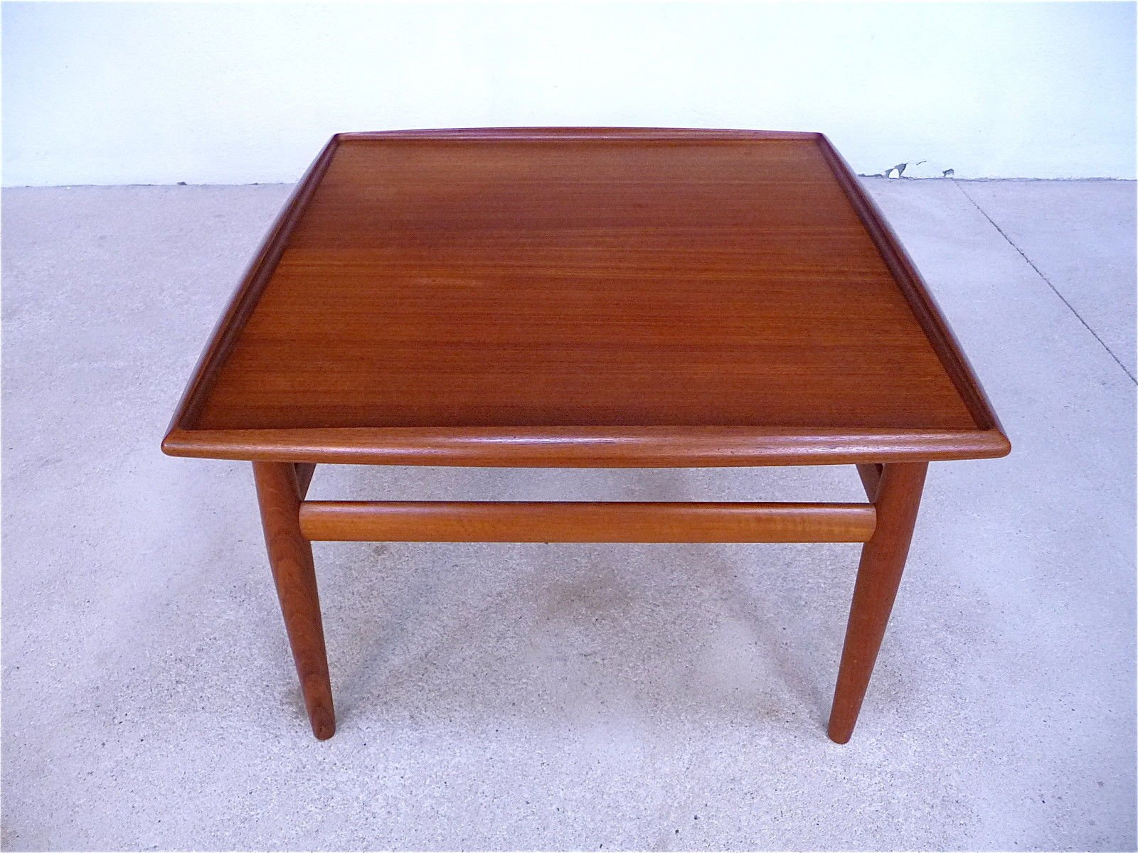 Mid Century Danish Teak Coffee Table By Grete Jalk For Glostrup 1960s For Sale At Pamono