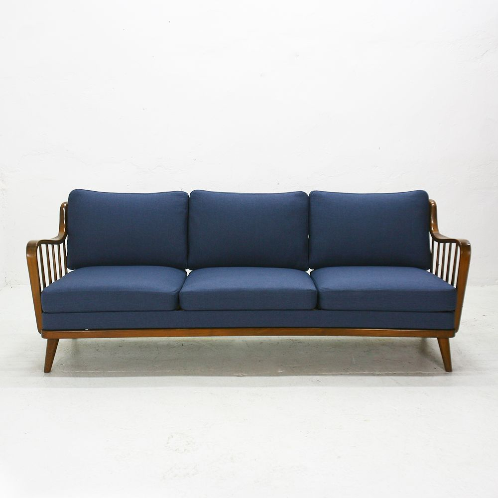 german walnut sofa from knoll antimott 1950s for sale at pamono. Black Bedroom Furniture Sets. Home Design Ideas