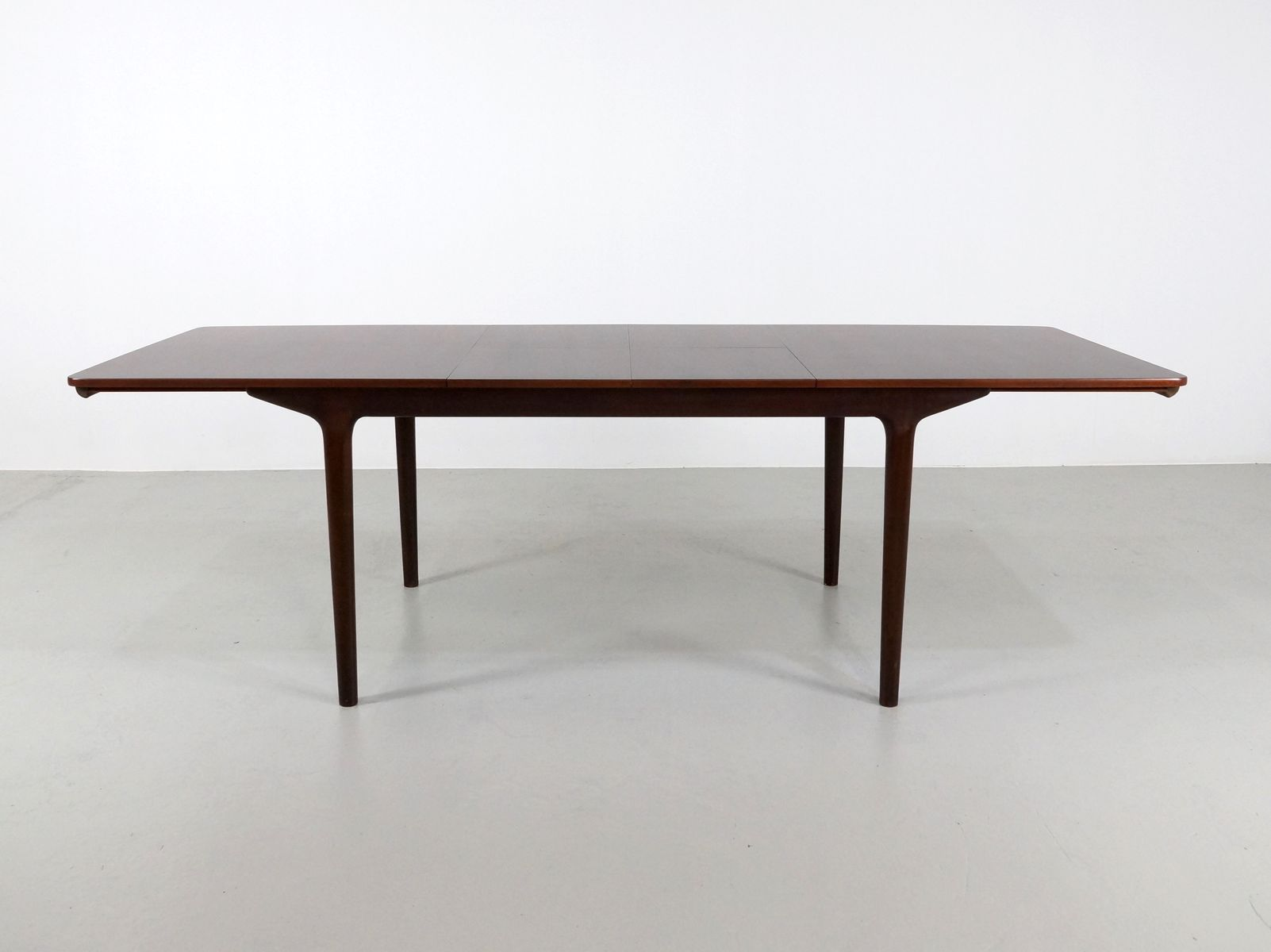 British Extendable Rosewood Dining Table from McIntosh  : british extendable rosewood dining table from mcintosh 1971 8 from www.pamono.co.uk size 1602 x 1200 jpeg 57kB