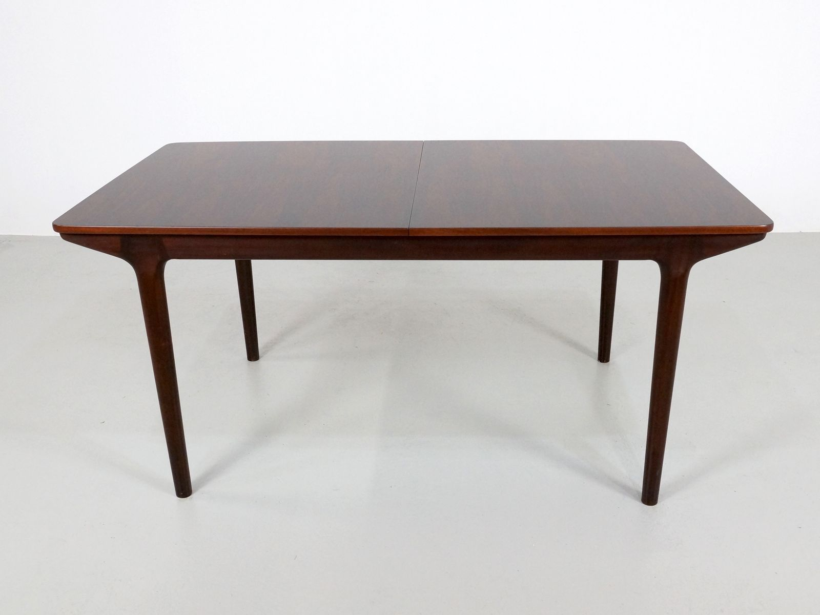 British Extendable Rosewood Dining Table from McIntosh  : british extendable rosewood dining table from mcintosh 1971 1 from www.pamono.co.uk size 1601 x 1200 jpeg 64kB