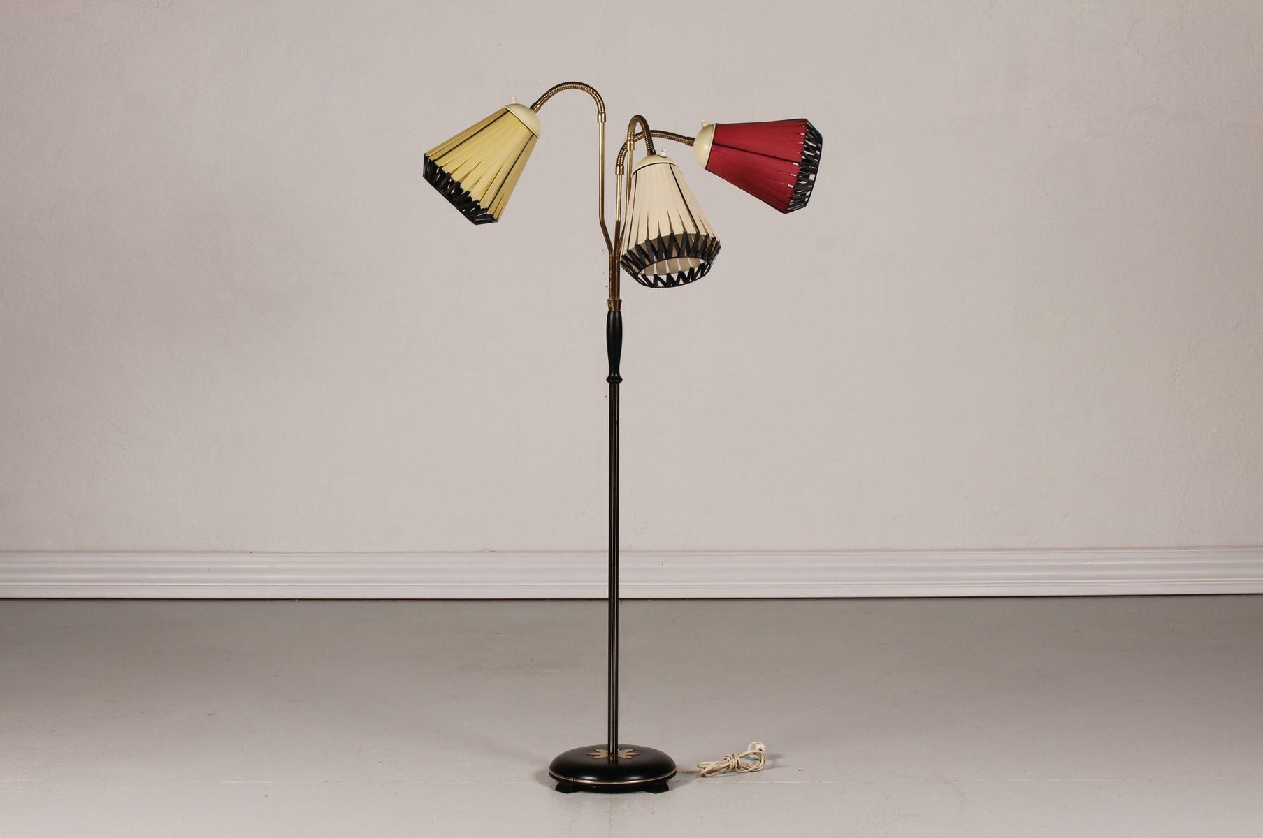 skandinavische stehlampe mit drei leuchten 1950er bei. Black Bedroom Furniture Sets. Home Design Ideas