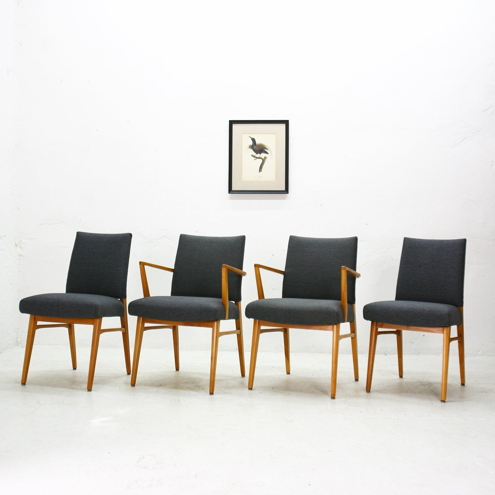chaises de salle manger en merisier 1950s set de 4 en. Black Bedroom Furniture Sets. Home Design Ideas