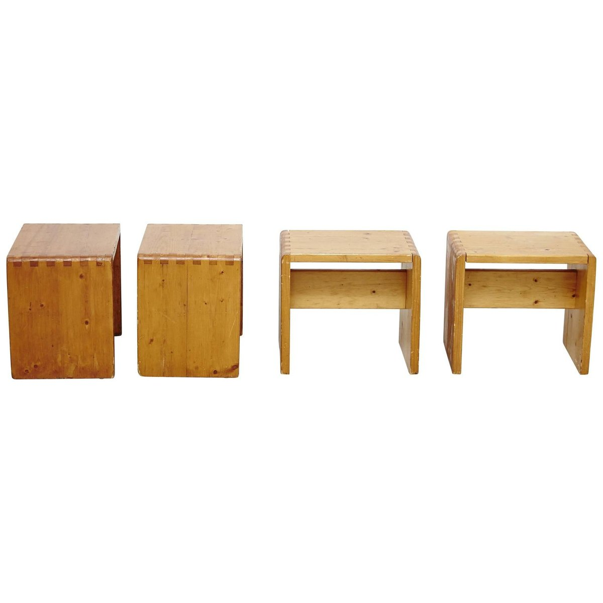 tabourets les arcs par charlotte perriand 1960s set de 4. Black Bedroom Furniture Sets. Home Design Ideas