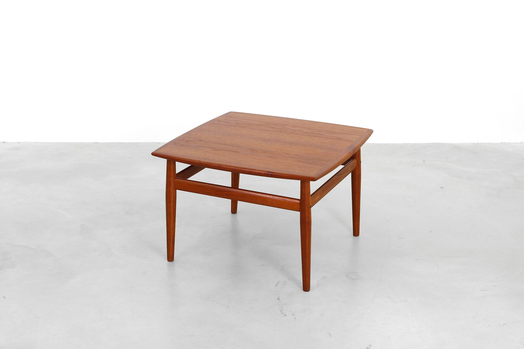 danish coffee table by grete jalk for glostrup ma belfabrik 1950s