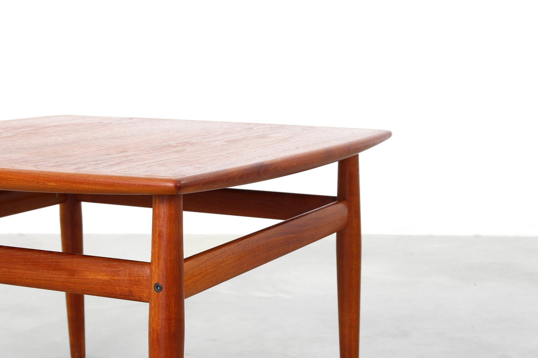 Danish Coffee Table by Grete Jalk for Glostrup M¸belfabrik 1950s