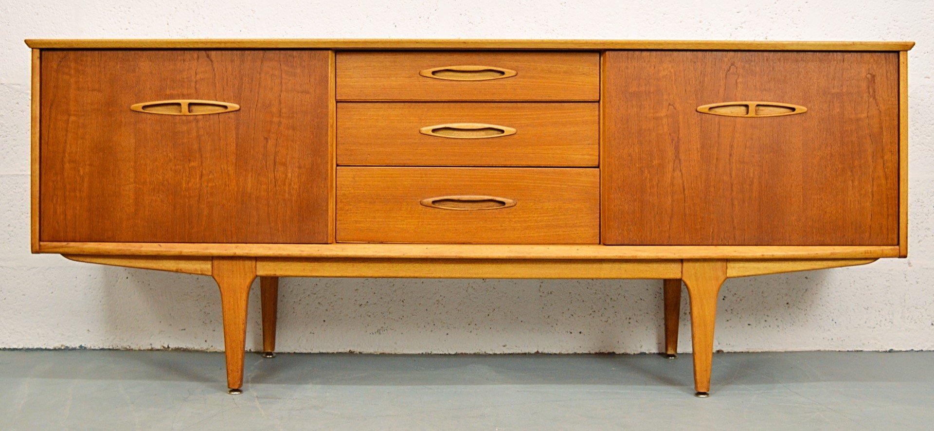 mid century teak sideboard mit schiebet ren von jentique 1960er bei pamono kaufen. Black Bedroom Furniture Sets. Home Design Ideas